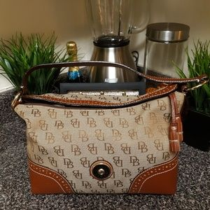 Dooney and Bourke Large slouch Bag